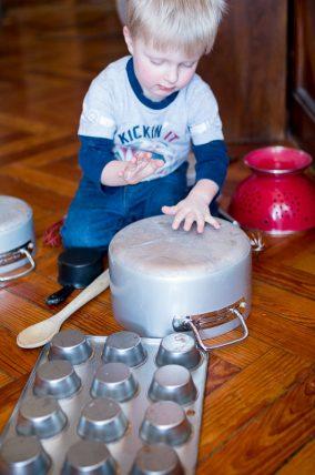 pots and pans sensory-20160302-4453