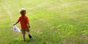 Outdoor Play : Scavenger Hunt