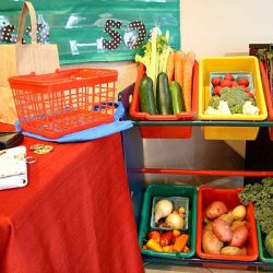 Vegetable Stand Pretend Play