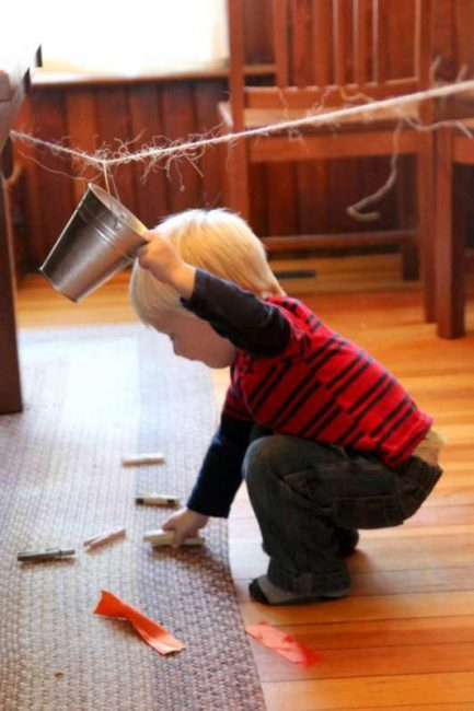 Toddler dumps and picks up!