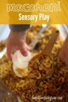 macaroni-sensory-play