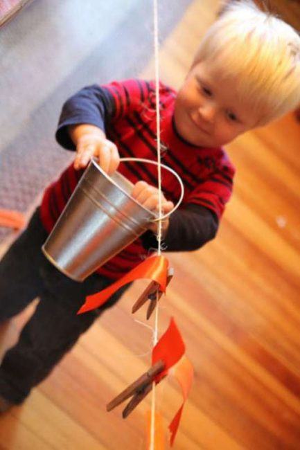 A clothesline fine motor activity for toddlers