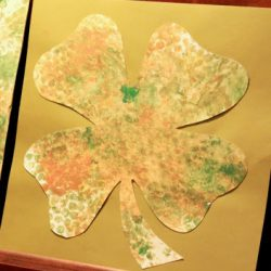 Bubble print shamrocks - 1 of the 20 shamrock crafts for kids to make