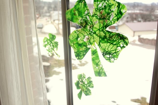 craft ideas for couples easy toddler shamrock window craft for st s day 3831
