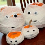 Create a Family of Pumpkin Mummies for Halloween!
