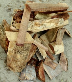 Outdoor Play : Firewood Sculpture