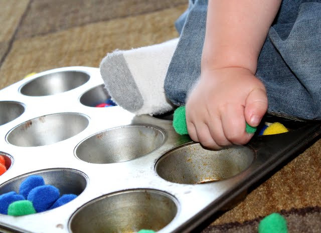 toddler activities with pom poms