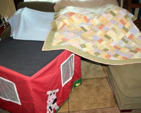 30 Days to Hands on Play : Build a Fort!
