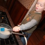 30 Days to Hands on Play : In the Kitchen