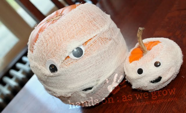 pumpkin mummy craft for preschoolers