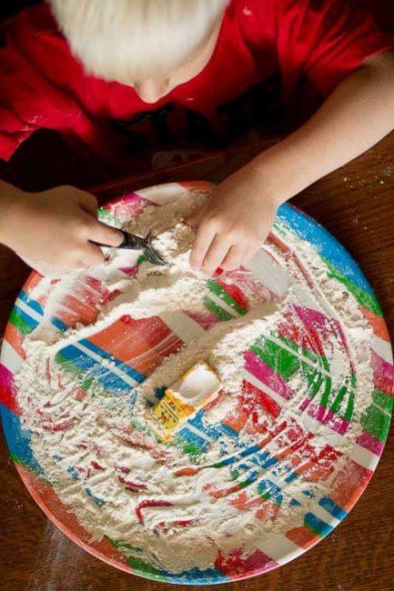 Flour sensory play to keep kids busy