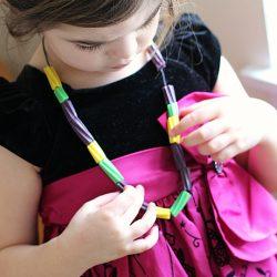 mardi-gras-necklace-for-kids-[1]