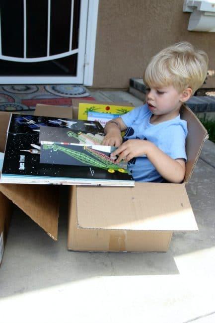 Reading, cardboard box, upcycle