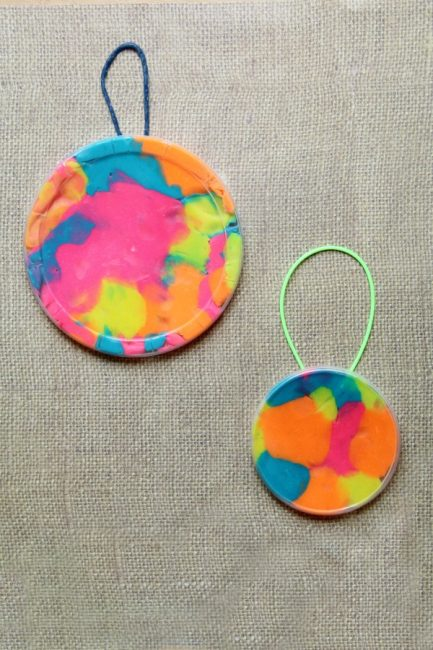 This play dough suncatcher craft is easy to make and a fun way to work on fine motor skills.