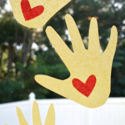Kissing hand - a back to school craft for kids