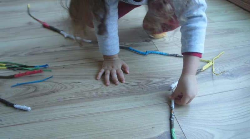 Make a color matching game with these DIY domino sticks!