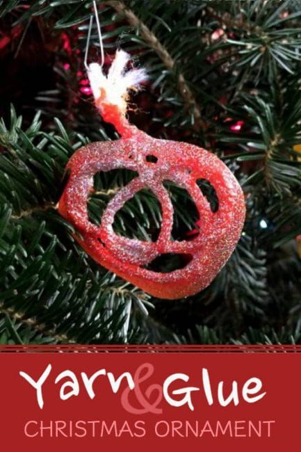 Make this DIY Christmas ornament with your toddler or preschooler