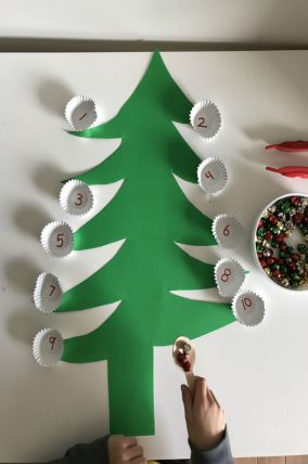 fine motor christmas tree transfer activity