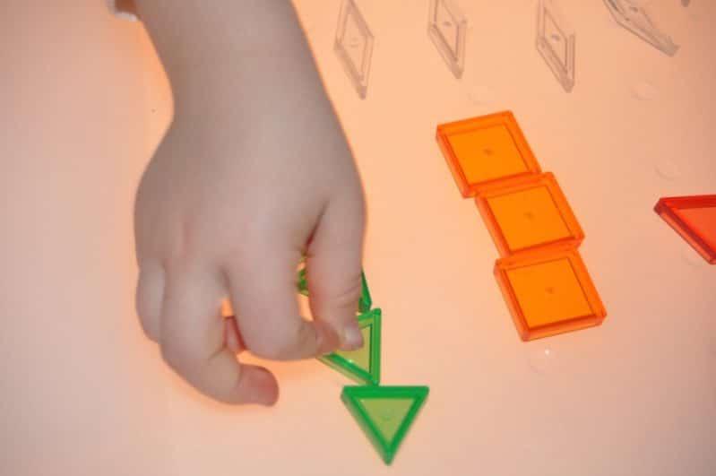 Make the easiest ever DIY light table