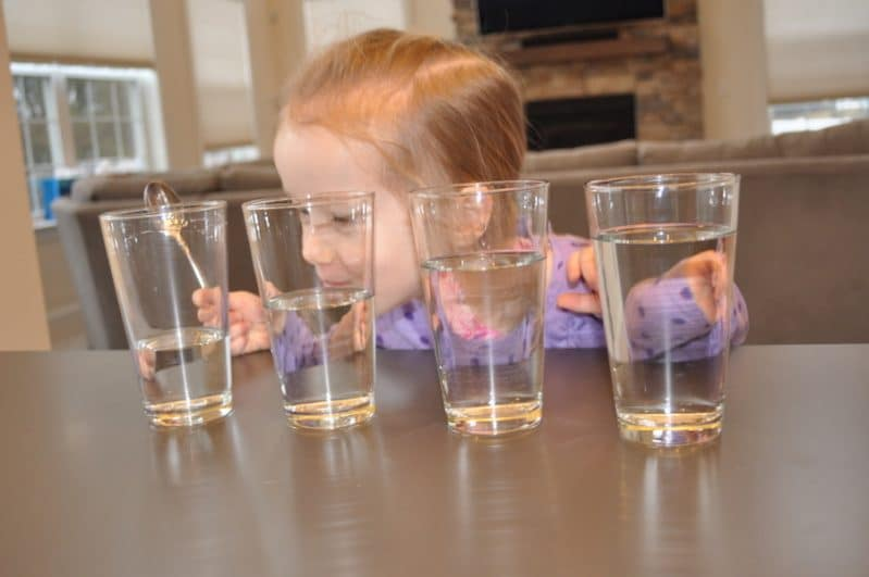 Make music with water in this super simple kid-friendly science experiment