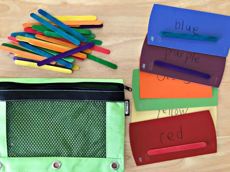 A super simple busy bag to practice color matching and sorting.