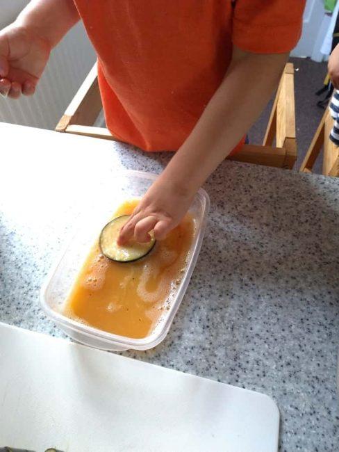 Make yummy crispy eggplant chips with an easy kid-friendly recipe!