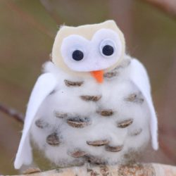 Pinecone Snowy Owl- Easy Peasy and Fun