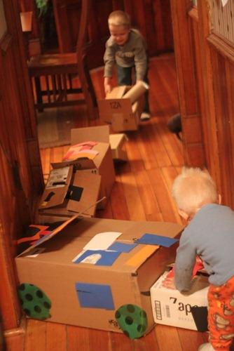 Box Train in Route