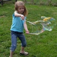 Big bubble blowing - 30 activities for kids with lots of energy!