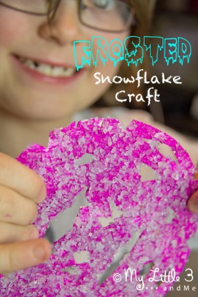 Frosted-Snowflake-Kids-Craft-from-My-little-3-and-Me_edited-1