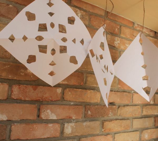 Make your own snowflake symmetry activity for preschoolers