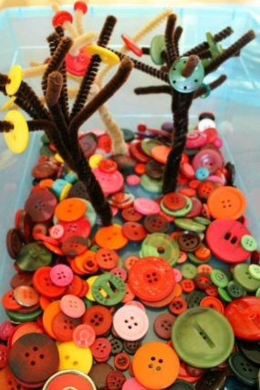 Fall Button Tree Quiet Bin for Preschoolers