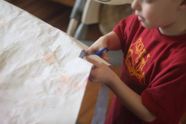Turn Leftover Kids Art into Streamers!