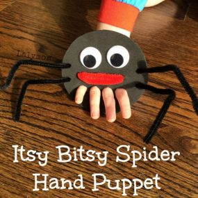 Itsy Bitsy Spider Hand Puppet from Lalymom