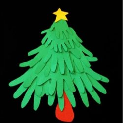 Handprint Christmas tree craft, 1 of the 25 easy Christmas crafts for kids