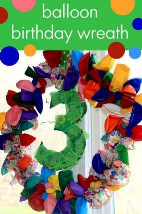 Make a balloon birthday wreath with their age