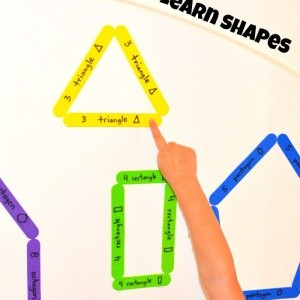 Learn shapes by making shapes and matching colors