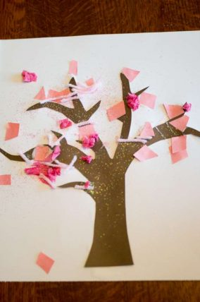Simple Spring tree craft for toddlers to make