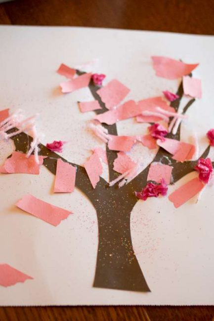 Cute Spring tree craft for toddlers to make