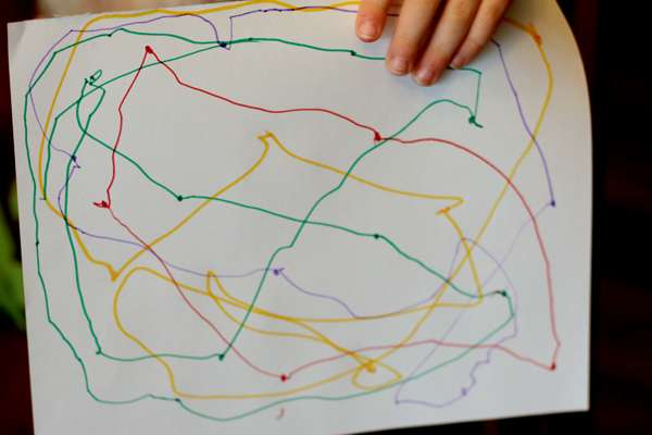 Color version of a simple connect the dots for preschoolers