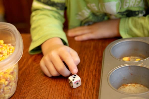 Counting the dots on a die - one to one correspondence