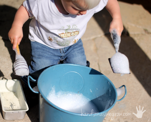 Scooping and stirring in bubbles