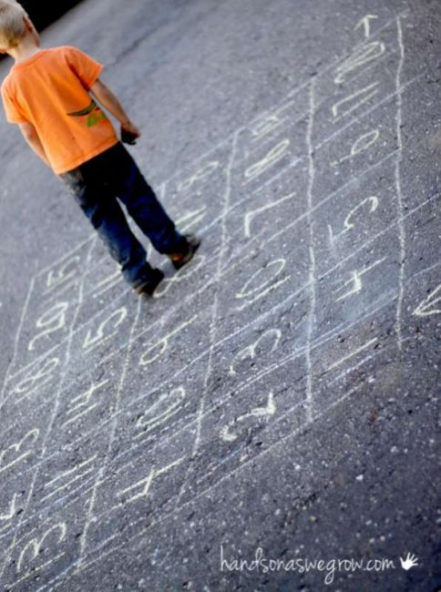 Make a big counting maze for preschoolers to walk and count their way through
