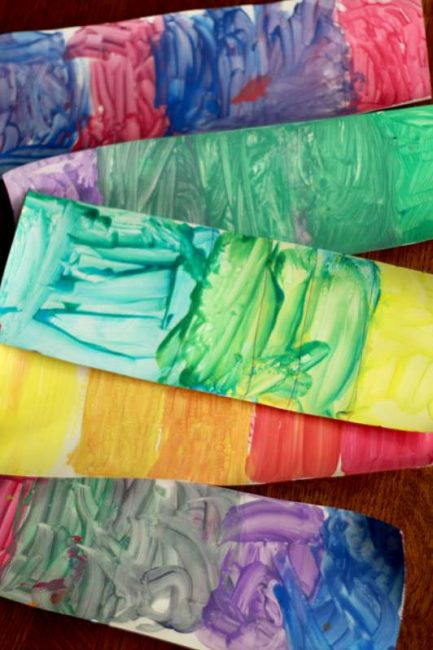 Simple painting activity to make paint swatches by mixing colors for kids to see the different shades of colors! What shades can be made from just two colors?