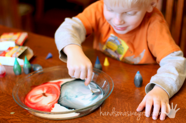 Magically make purple with the color changing milk experiment!