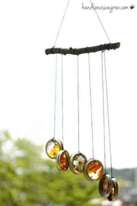 Nature suncatcher wind chimes to make with the kids