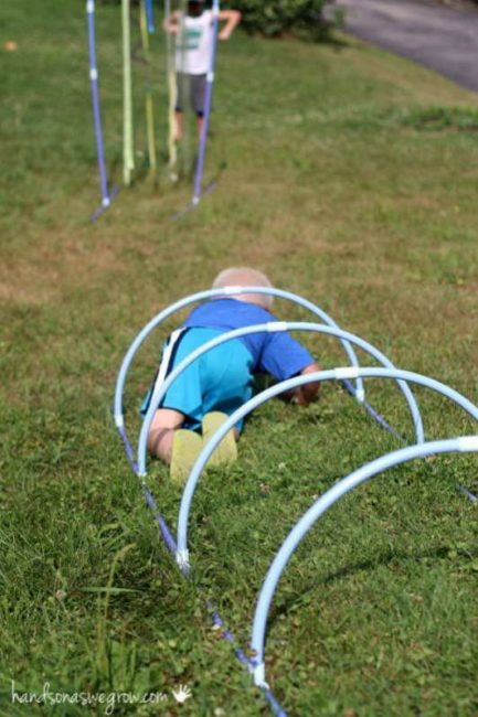 Obstacle course tunnel for kids