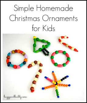 Homemade Christmas Ornaments with Pipe Cleaners & Wooden Beads from Buggy and Buddy