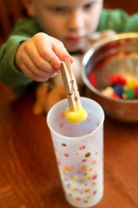 Promote Fine Motor Skills with 30 Materials & Activities | hands ...