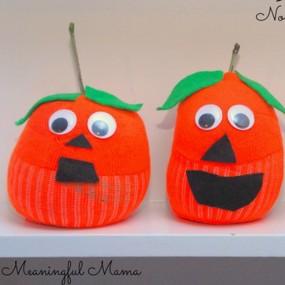 pumpkin crafts for kids-20131018-33